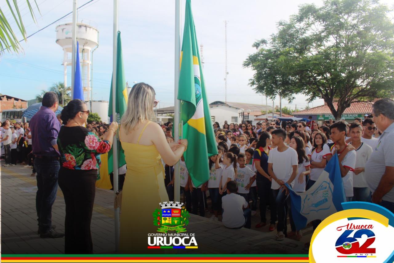 URUOCA 62 ANOS GOVERNO MUNICIPAL REALIZA MOMENTO CÍVICO COM APRESENTAÇÕES CULTURAIS