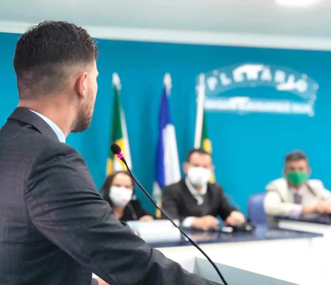 PREFEITO KENNEDY PARTICIPA DA PRIMEIRA SESSÃO ORDINÁRIA DA CÂMARA DE VEREADORES