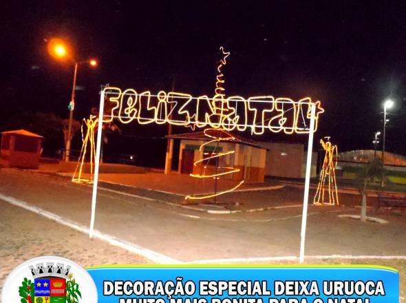 DECORAÇÃO ESPECIAL DEIXA URUOCA MUITO MAIS BONITA PARA O NATAL